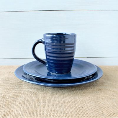 Farmhouse Ridges Blue Place Setting