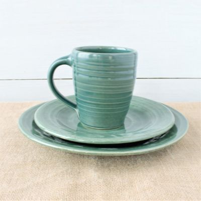 Farmhouse Ridges Teal Place Setting