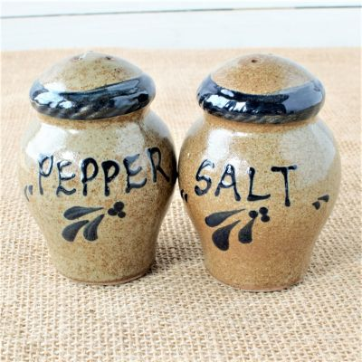 Provincial Salt & Pepper Set